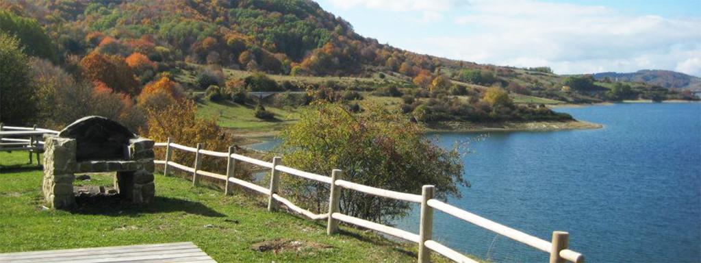 Passeggiate attorno al lago